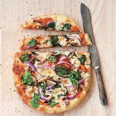 Harvest Pizza (via www.foodily.com/r/lyl8pipyVR-harvest-pizza-by-southern-living)