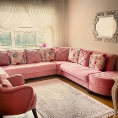 So feminine – Home Trends 2020 Living Room Decor On A Budget, Living Room Styles, Living Room Sofa Design, Living Room Grey, Home Living Room, Living Room Designs, Home Decor Furniture, Furniture Design, Bedroom Built In Wardrobe