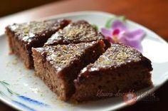 Ďalšie obľúbené recepty: Cuketový koláč s makom a citrónovou polevou Malinové muffiny s bielou čokoládou FotoRecept   Slaný cuketový koláč Tekvicový koláč Fotorecept  Rebarborový koláč s tvarohom Fotorecept: Kakaový koláč s jahodami Tvarohový koláč so želatínou Ovocný broskyňový koláč so želatinou Dvojfarebné vanilkovo-kakaové muffiny s bielou čokoládou Fotorecept   Pudingový tvarohovník klauraVolám sa Laura ... … Pokračovať v čítaní →