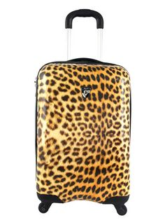 This #cheetah print #suitcase from #BedBathandBeyond is only $99. Such a #steal! #bargain #budgetbuy