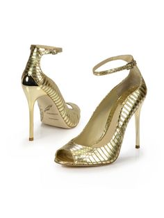 Gold heels are a gold standard. #BbyBrianAtwood #saks