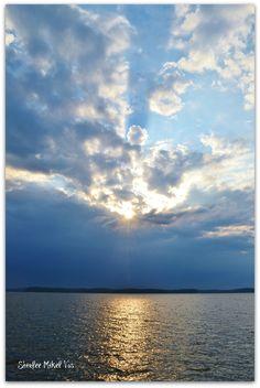 Kentucky Lake sunrise. Photo by Shirlee Mikel Vos