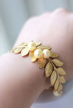 Gold Leaf Bracelet with Gold and Swarovski Pearls.