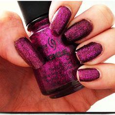 @elessajade China Glaze glitter nail polish #manicure
