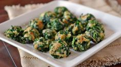 Spinach Balls 2 ½ cups drain Spinach, Frozen 2 cups crush Crackers, Snack (Round) ¾ cups Parmesan Cheese, Grated 2 individual beat Egg ¼ cups melt Butter, Unsalted 2 teaspoons Garlic Salt bake at 350 min Healthy Appetizers, Appetizers For Party, Appetizer Recipes, Healthy Snacks, Healthy Recipes, Spinach Appetizers, Easter Appetizers, Healthy Eats, Delicious Recipes