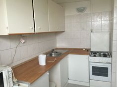 We offer a 61 sq. apartment for sale in Csepel (Budapest 21st district, approximately 10 km. from Budapest). 3 mins from HEV (suburban railway) statio...