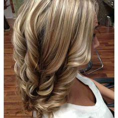 Top 100 medium layered hairstyles photos Looking for some Layered Hairstyles ? You will get here 15 layered hairstyles what will help you to get an incredibly beautiful look. Find the best one for you. #LayeredHairstyles #longLayeredHairstyles #shortLayeredHairstyles See more http://wumann.com/top-100-medium-layered-hairstyles-photos/
