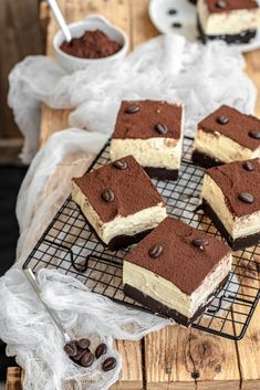 Tiramisu Brownies, Plum Cake, Flan, Biscotti, Nutella, Italian Recipes, Oreo, Cheesecake, Deserts