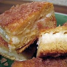SOPAPILLA CHEESECAKE  Franki, this is what I was going to send you...omg this is soooo good!! Going to add some apple pie and strawberry pie filling to the cheesecake part!