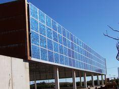 www.solardistribution.eu images user www.solardistribution.eu photos solar-distribution_BIPV-Facade.jpg