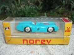 Norev MERCEDES BENZ Compétition 1/43 (bleu) Réf N°13.