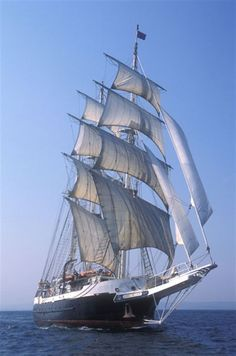 Lord Nelson as she departed on her two-year round the world voyage (Sunday 21 October Old Sailing Ships, Sailing Boat, Wooden Ship, Yacht Boat, Sail Away, Set Sail, Tall Ships, Culture Travel, Architecture Art