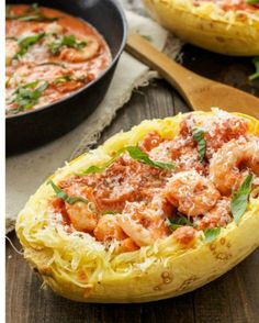 4 Points About Vintage And Standard Elizabethan Cooking Recipes! Spicy Tomato Garlic Shrimp With Spaghetti Squash An Easy One Pan Shrimp Dinner With A Creamy And Spicy Sauce That's Lighter Than You Think Healthy Recipes, Healthy Cooking, Low Carb Recipes, Healthy Eating, Cooking Recipes, Detox Recipes, Healthy Food, Shrimp Recipes, Fish Recipes