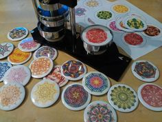Výroba mandalových zrcátek 😎 #buttonmaker #button #mandalamirror #mandalovezrcatko #mandala #zrcatko #energy #handmade #mirror #rucniprace… Mandala Design, Chocolate Fondue, Magnets, Buttons, The Originals, Desserts, Food, Tailgate Desserts, Deserts