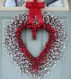 Valentine Wreath  - Valentine Door Wreath - Heart Wreath - Valentine's Day Wreath by countryprim on Etsy https://www.etsy.com/listing/215698118/valentine-wreath-valentine-door-wreath