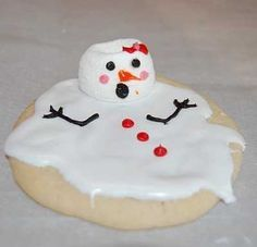 Melted Snowman cookies. Cute idea for the Kindergarten visits