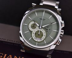 JUST IN: Parmigiani Fleurier Tonda Metrographe with the Mint Green Dial. Thie Timepiece came out this year at SIHH!!