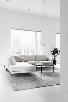 IDEAS & INSPIRATIONS Looking to enhance your home or simply create an oasis for your space? My client centered approach can do this for you! Simple Living Room, Living Room Green, Home Living Room, Living Room Designs, Living Room Decor, Minimalist Home, Sofa Design, Home Decor Inspiration, Home Interior Design