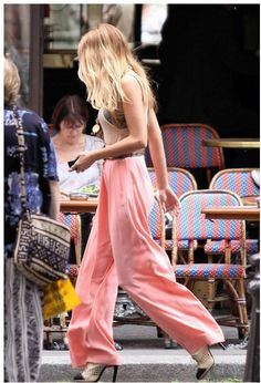 Love Blake Lively style!