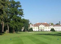 Golfclub Schloss Schönborn - Lower Austria - Austria   GOLFBOO.com Austria, Golf Courses, Mansions, House Styles, Travel, Nice Asses, Mansion Houses, Trips, Traveling