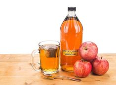 Can apple cider vinegar help you soothe a sore throat or lose weight? Facty Health explains the benefits of apple cider vinegar. How To Control Sugar, Apple Cider Vinegar Remedies, Apple Cider Vinegar Arthritis, Best Fat Burning Foods, Nutrition, Weight Loss Drinks, Natural Home Remedies, Detox Drinks, Atkins