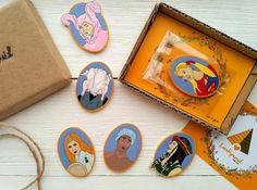 Friends tv show wooden brooches set Rachel Green by LovePyramid