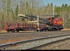 Net Photo: DMIR Duluth, Missabe & Iron Range Railway Rail Crane at Iron , Minnesota by Lester Zmudzinski Work Train, Duluth Minnesota, Train Pictures, Heavy Machinery, Steam Locomotive, Train Tracks, Photo Location, Model Trains, Range