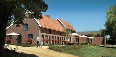 Inkelshoeve A'gen Bongerd is gelegen tussen Epen en de Belgische grens. Een van de meest authentieke en romantische plekjes in het Limburgse heuvelland. Oorspronkelijk een boerenhoeve maar nu stijlvol gerestaureerd tot 4 luxe vakantiewoningen.