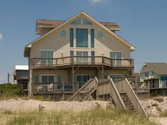 Seventh Heaven family cottage has  3 bedrooms and 4.5 baths.  Oceanfront with beautiful view.