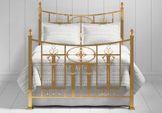 Lochranza bed in a brass finish