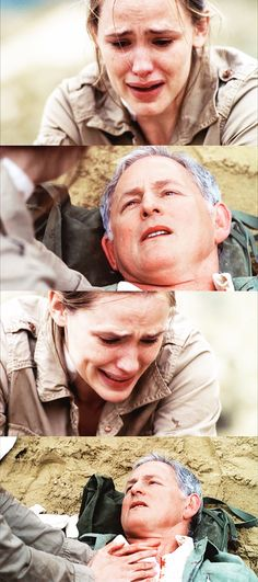I starting crying. Jennifer's such an amazing actress, and seeing Sydney sobbing over the fact she has to leave her father to die alone......... Broke. My. Heart. >.<.