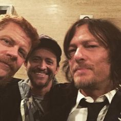 Posted by Michael Cudlitz (Abraham Ford)  Clifton is everywhere.  #nyc #TWDFanPremiere . @mrwupass @bigbaldhead #TWD #MichaelCudlitz #TheWalkingDead October 19 2015 at 12:21PM
