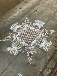 Rangoli Designs Flower, Rangoli Border Designs, Rangoli Ideas, Rangoli Designs With Dots, Rangoli Designs Images, Rangoli Designs Diwali, Diwali Rangoli, Flower Embroidery Designs, Beautiful Rangoli Designs