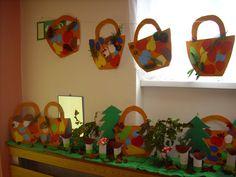 Kuvahaun tulos haulle ježek z listí pinterest Autumn Activities For Kids, Fall Crafts For Kids, Projects For Kids, Art For Kids, Classroom Projects, Kindergarten Crafts, Daycare Crafts, Hobbies And Crafts, Diy And Crafts