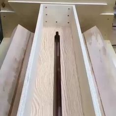 Guys want to learn how to make this type of awesome wood works? Then, get instant access to over woodworking plans with STEP-BY- STEP instructions, photos and diagrams to make every project laughably easy. wood videos Get access to woodworking plans Unique Woodworking, Router Woodworking, Woodworking Techniques, Easy Woodworking Projects, Popular Woodworking, Woodworking Tools, Wood Projects, Woodworking Furniture, Router Jig