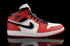 sale retailer d5d07 2c983 Nike Air Jordan 1 Retro KO High Mens Shoes White   Black   Varsity Red All  kinds of Cheap Nike Shoes are provided in Nike store with superior quality  and ...