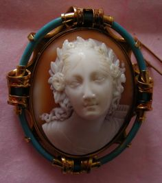 "Circa 1860 ""Goddess Diana"" Sardonyx Shell Cameo in 15k Gold Frame, Italy (originally made for, and worn by Queen Victoria)"