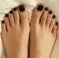 Only sexy feet Black Toe Nails, Pretty Toe Nails, Cute Toe Nails, Pretty Toes, Toe Nail Art, Nice Toes, Toe Polish, Manicure E Pedicure, Black Pedicure