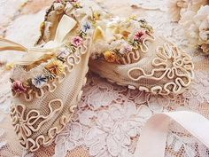 Antique angel and rose | | - Rococo ribbon baby shoes antique British and French Eglantyne (Egurantinu)