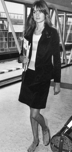 Jean Shrimpton, love her sandals!