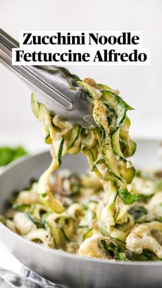 Good Healthy Recipes, Lunch Recipes, Healthy Snacks, Dinner Recipes, Healthy Eating, Zucchini Alfredo, Zucchini Noodles, Vegetable Noodle Maker, Vegetable Side Dishes
