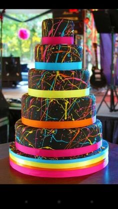 Tye dye cake- this would be so cool if it were my birthday cake