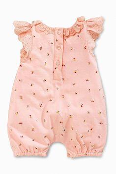 Ideas Knitting Patterns Girls Dress Doll Clothes For 2019 Baby Dress Patterns, Baby Clothes Patterns, Cute Baby Clothes, Doll Clothes, Dress Clothes, Sewing Clothes, Baby Outfits, Toddler Girl Outfits, Kids Outfits