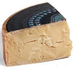 Dai pascoli della Lessinia, il formaggio Monte Veronese viene prodotto in tre diverse tipologie. http://www.brunelli.it/news/monte-veronese-dop-viaggio-tra-i-formaggi-dop-d%E2%80%99italia