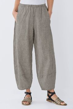 Linen Lantern Pant by Lisa Bayne . Beloved for its easy fit and distinctive lantern shaping, this versatile pant is updated for the season in breathable linen.