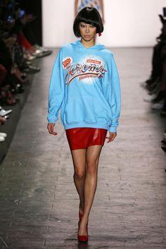 Jeremy Scott, P-E 17 - L'officiel de la mode