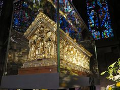 Shrine of Bl. Charlemagne with relics at Aachen Cathedral, Germany. More about this here ... http://corjesusacratissimum.org/2015/11/guest-article-europe-and-the-empire-by-charles-a-coulombe/