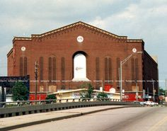 OLYMPIA STADIUM HOME OF THE DETROIT RED WINGS 11x14 PHOTO