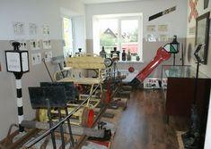 Ekspositsioon   Eesti Muuseumraudtee Desk, Furniture, Home Decor, Desktop, Decoration Home, Room Decor, Table Desk, Home Furnishings, Office Desk