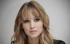 Jennifer Lawrence face iar gafe! - http://www.facebook.com/1409196359409989/posts/1492832197713071